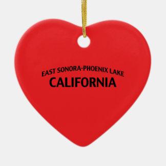 東のソノラフェニックス湖カリフォルニア 陶器製ハート型オーナメント
