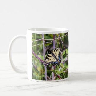 東のトラのアゲハチョウ コーヒーマグカップ