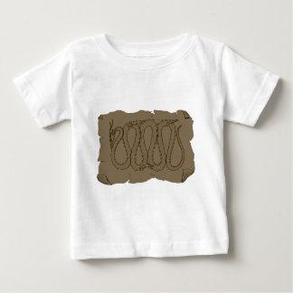 東のドラゴン古代スクロール ベビーTシャツ