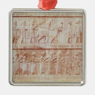東のレリーフ、浮き彫りのフリーズの詳細 メタルオーナメント