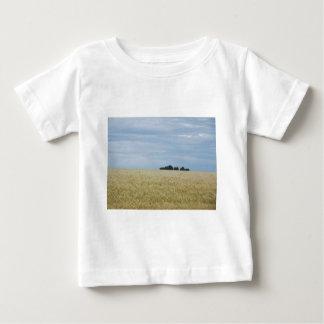 東のワシントン州の小麦畑 ベビーTシャツ
