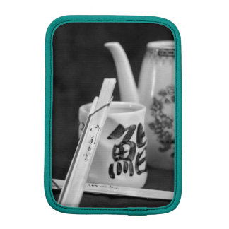 東洋のチョップの棒及びコップ iPad MINIスリーブ
