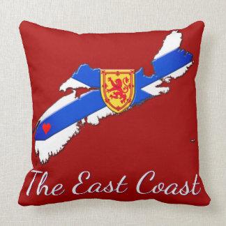 東海岸のノバスコシアの枕赤を愛して下さい クッション