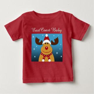 東海岸のベビーのクリスマスのシカの赤のワイシャツ ベビーTシャツ