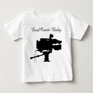 東海岸のベビーのフィルムの映画館の映画用カメラ ベビーTシャツ