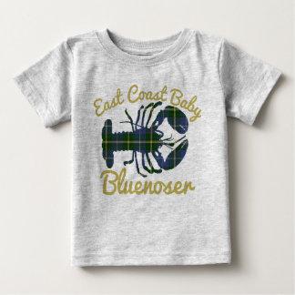 東海岸のベビーのロブスターのノバスコシアのbluenoser ベビーTシャツ