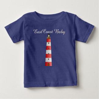 東海岸のベビーの帆ボートの船の青のワイシャツ ベビーTシャツ