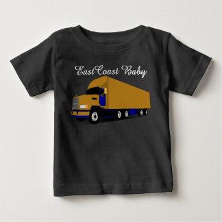 東海岸のベビーの輸送のトラック18の荷車引き ベビーTシャツ
