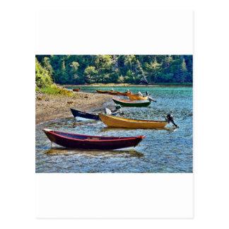 東海岸のFtishermenの小さいボート ポストカード