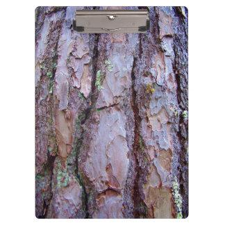 松の木の吠え声のクリップボード クリップボード