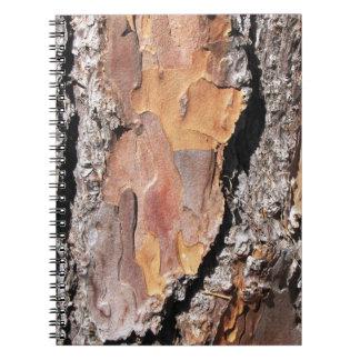 松の木の吠え声のノート ノートブック