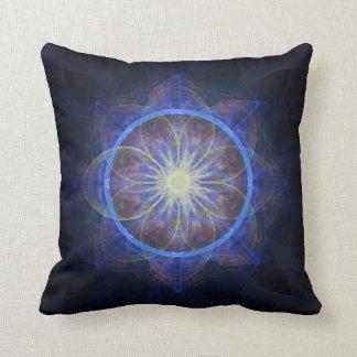 枕フラクタルの芸術の黒および青 クッション