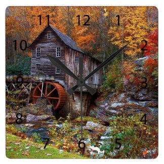 林間の空地の入り江の碾き割りの製造所 ウォールクロック