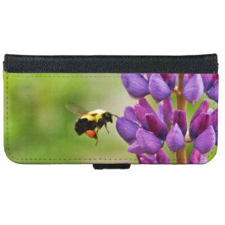 果汁を集めている蜂蜜のカブトムシ iPhone 6/6S ウォレットケース
