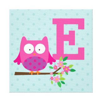 枝名前入りなキャンバスのピンクのフクロウ キャンバスプリント