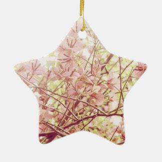 柔らかいパステル調の花の枝 セラミックオーナメント