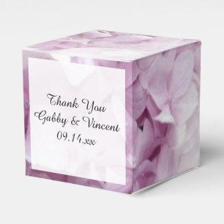 柔らかいピンクのアジサイの花の結婚式 フェイバーボックス