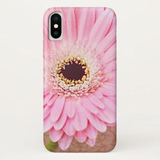 柔らかいピンクのヴィンテージのガーベラのデイジー iPhone X ケース