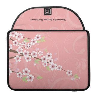 柔らかいピンクの桜 MacBook PROスリーブ