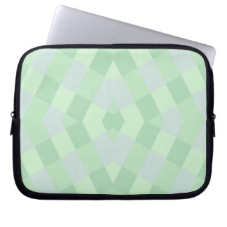 柔らかい緑の陰で幾何学的 ラップトップスリーブ