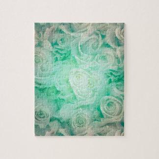 柔らかい緑色のすばらしいバラパターン ジグソーパズル