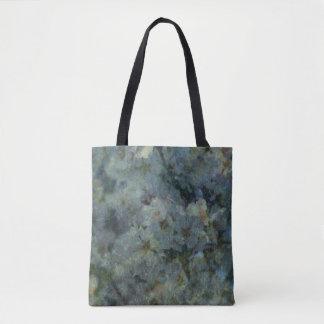 柔らかく青い果樹園の印象派のデザインのトート トートバッグ