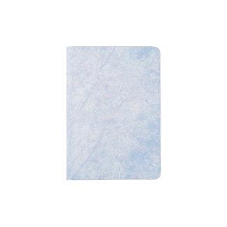 柔らかく青い色合いのナナカマドパターン パスポートカバー