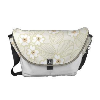 柔らかく、中立花柄 メッセンジャーバッグ