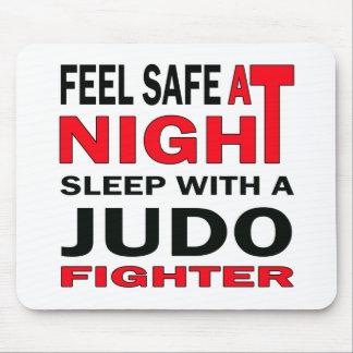柔道の戦闘機との夜睡眠で金庫を感じて下さい マウスパッド
