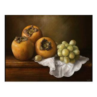 柿およびブドウのペンキが付いているクラシックな静物画 ポストカード