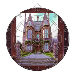 栄光の素晴らしい建築のヴィンテージの城 ダーツボード
