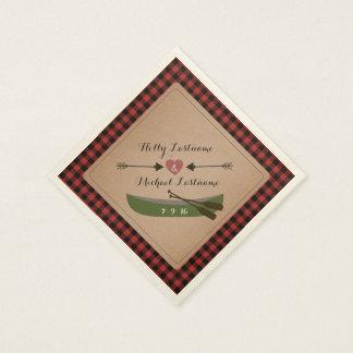 格子縞のカヌー + 矢の素朴な結婚式のハート スタンダードカクテルナプキン