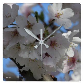 桜の時計、スティーブンのオオカミの芸術 スクエア壁時計