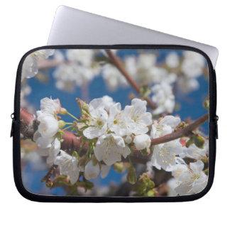桜の景色のラップトップスリーブ ラップトップスリーブ
