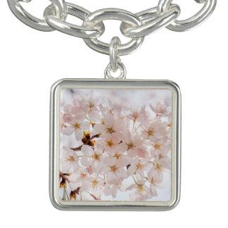 桜の桜 チャームブレスレット