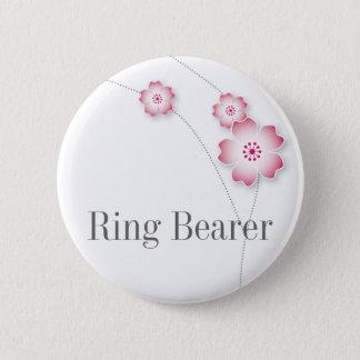 桜の結婚式で指輪を運んで来る人ボタン 5.7CM 丸型バッジ