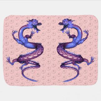桜パターンが付いているドラゴン ベビー ブランケット
