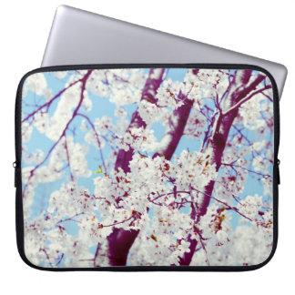 桜-夢みるような桜のbolssom ラップトップスリーブ