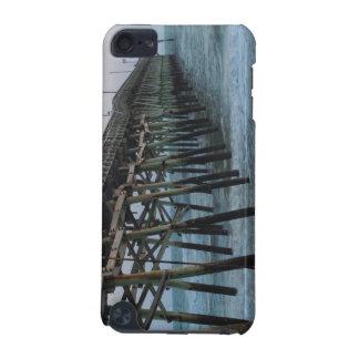 桟橋および波-カシの島、ノースカロライナ iPod TOUCH 5G ケース