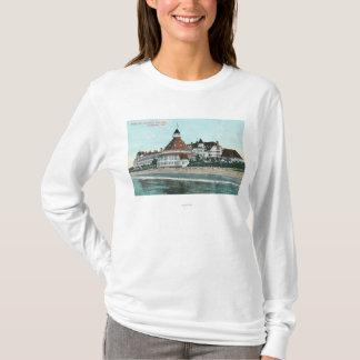 桟橋からのホテルのdel Coronadoの外観 Tシャツ