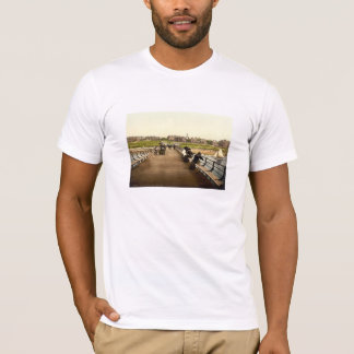 桟橋から、Hunstanton、ノーフォーク、イギリス Tシャツ