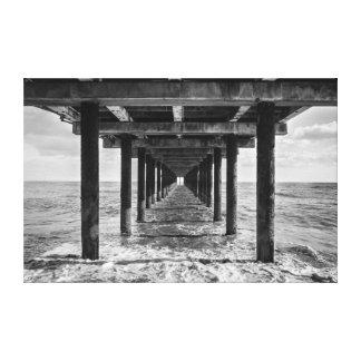桟橋の対称 キャンバスプリント