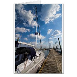 桟橋の美しいヨット カード