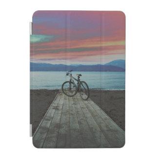 桟橋 ギリシャのバイク iPad MINI RETINA カバー