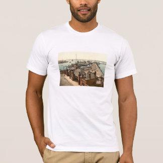 桟橋、サウサンプトン、ハンプシャー、イギリス Tシャツ