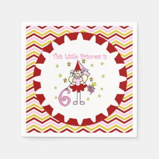棒の姿の王女第6誕生日の紙ナプキン スタンダードカクテルナプキン