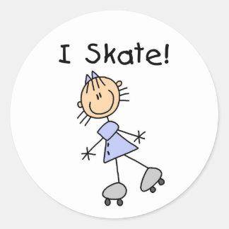 棒の姿IのスケートのTシャツおよびギフト ラウンドシール