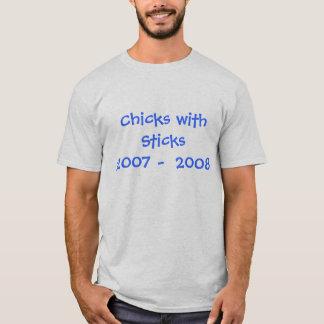 棒2007年- 2008年を持つひよこ Tシャツ