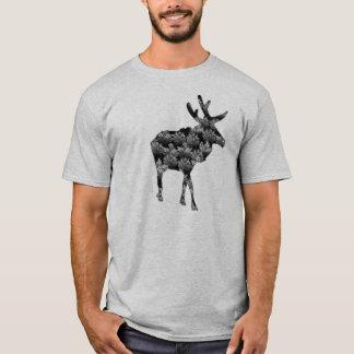 森のアメリカヘラジカのティーから Tシャツ