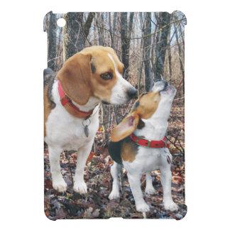 森のビーグル犬の子犬 iPad MINI カバー